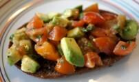 Avokado och tomatröra