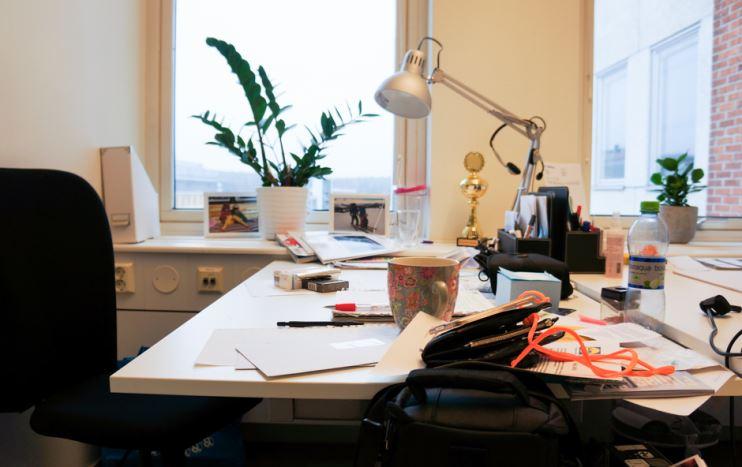ordning på skrivbordet